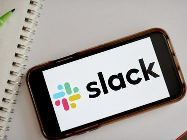 Are you a Slack purist? Plus, the most encouraging data visualization of the year so far: Datacenter Weekly